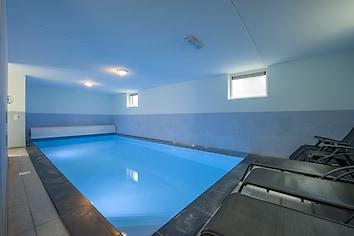 Wellness villa with swimming pool