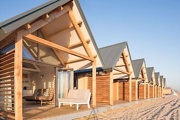 Beach House 4-5