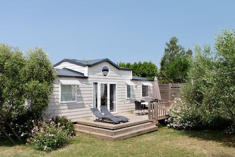 Cottage 6/8A